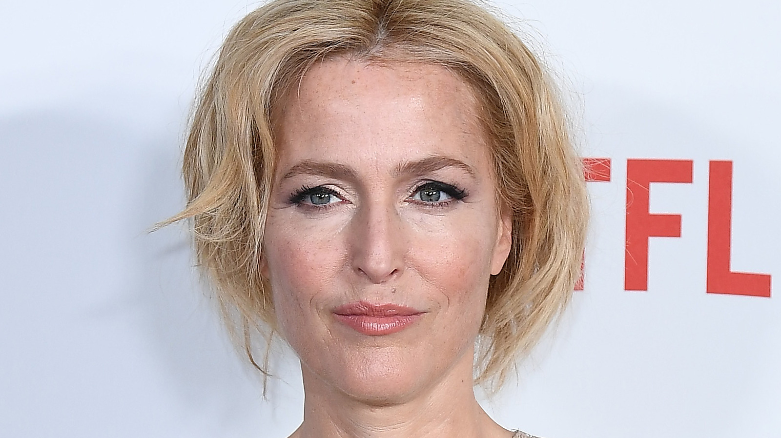 Gillian Anderson's Daughter Looks Just Like The Famous Actress.jpg
