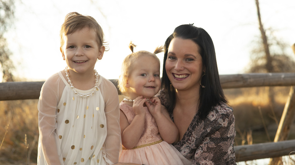 Shanann Watts, Bella, and Celeste in a family photo