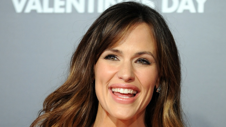 Why Does Jennifer Garner Resort To Work That S Beneath Her