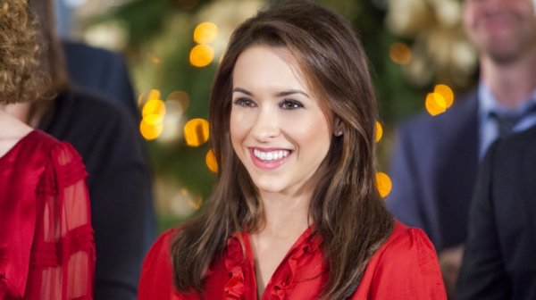 Lacey Chabert Wedding.The Real Reason Hollywood Won T Cast Lacey Chabert