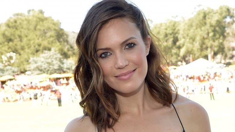 mandy moore - Christmas In Conway Cast