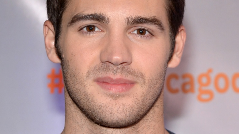 vampire diaries steven r mcqueen engaged